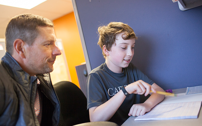 Tutor Teaching O-G to a Student with Dyslexia
